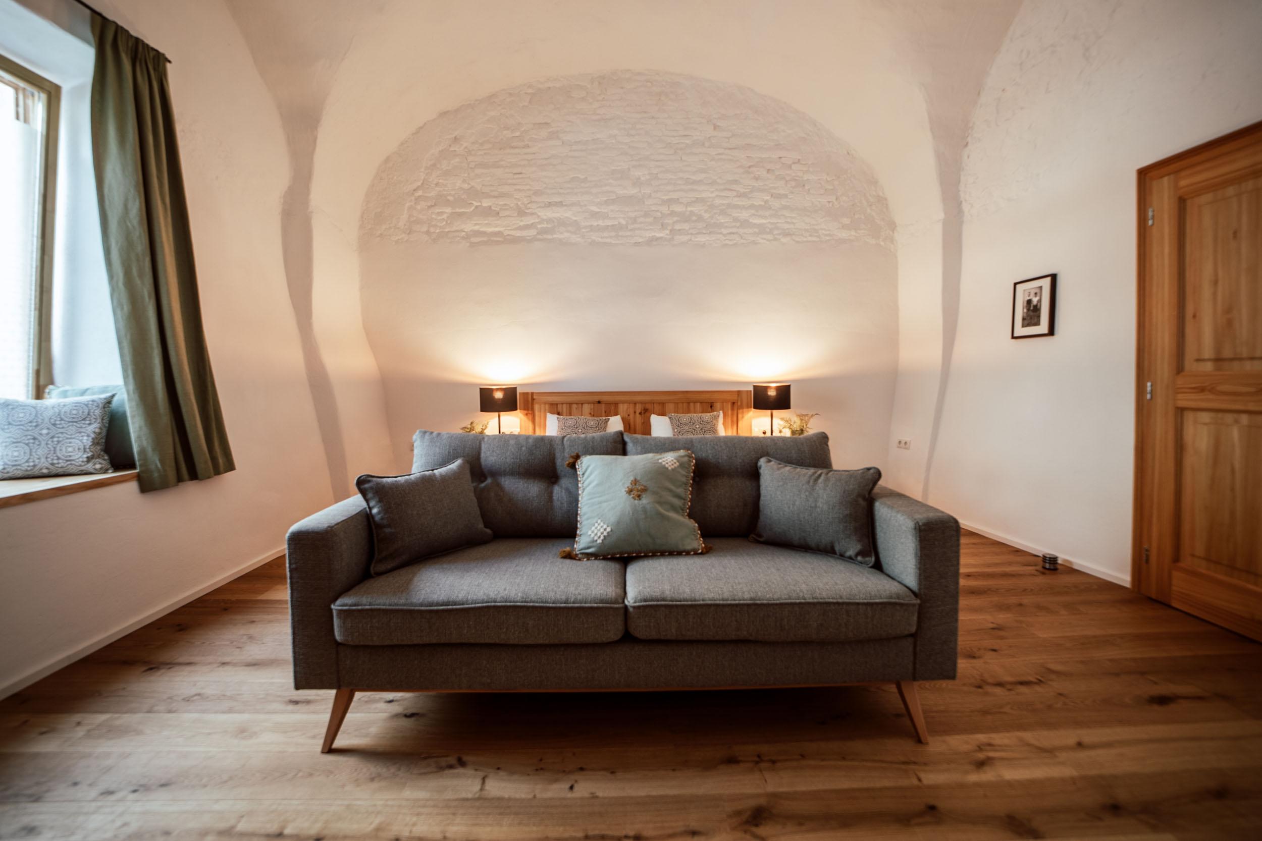 002 Wohn Titel airbnb