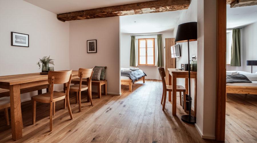 105 Wohn ess ohne Vorhang